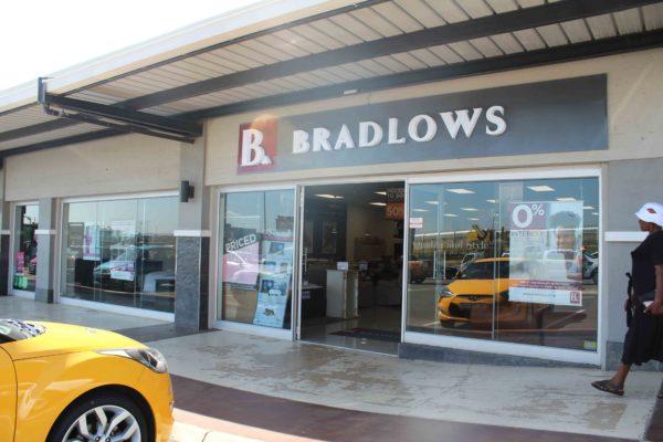 Bradlows